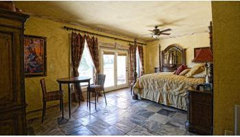 Luxurious Villa on the Blanco River